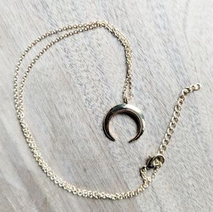 Jewelry - Golden Crescent Horn Boho Necklace